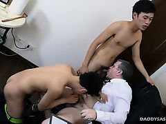 Daddy and Asian Twink Raw Threesome