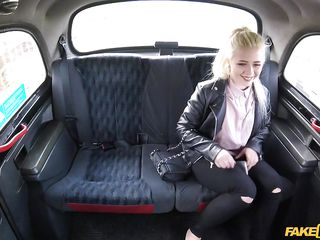 russian fairy-haired pays taxi fare with her throat