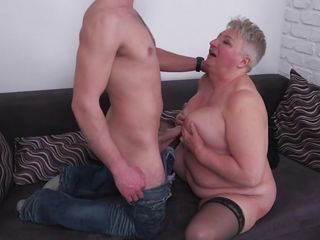 wild older rides a fat dick