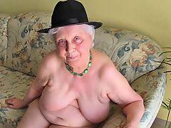 OmaGeiL Horny Grandma View Compilation