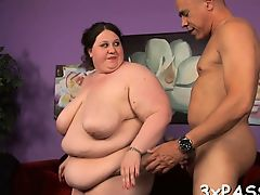 Fat girl seduces pretty boy-friend to bang her very well