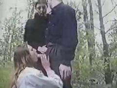 Amateur Threesome Outdoor Sex