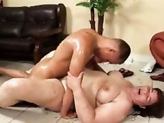 Chunky BBW Lilus Almost Crushes Her Man